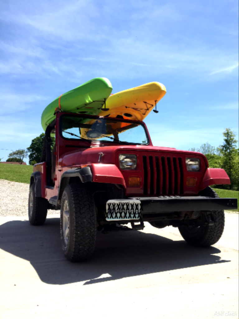 Kayaking, kayak, cedar creek, creek, paddling, jeep, jeeps